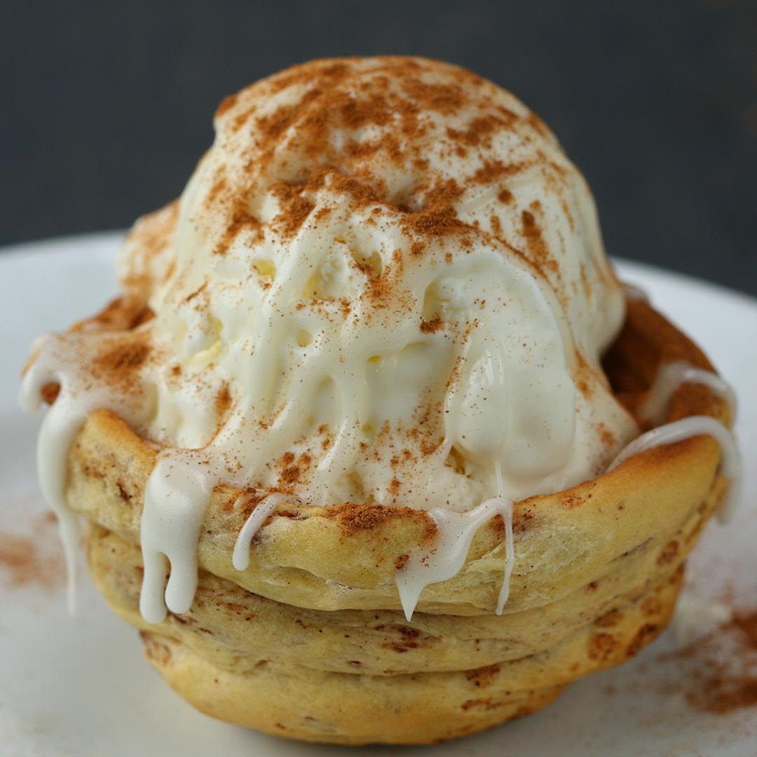Cinnamon Roll Ice Cream Bowl