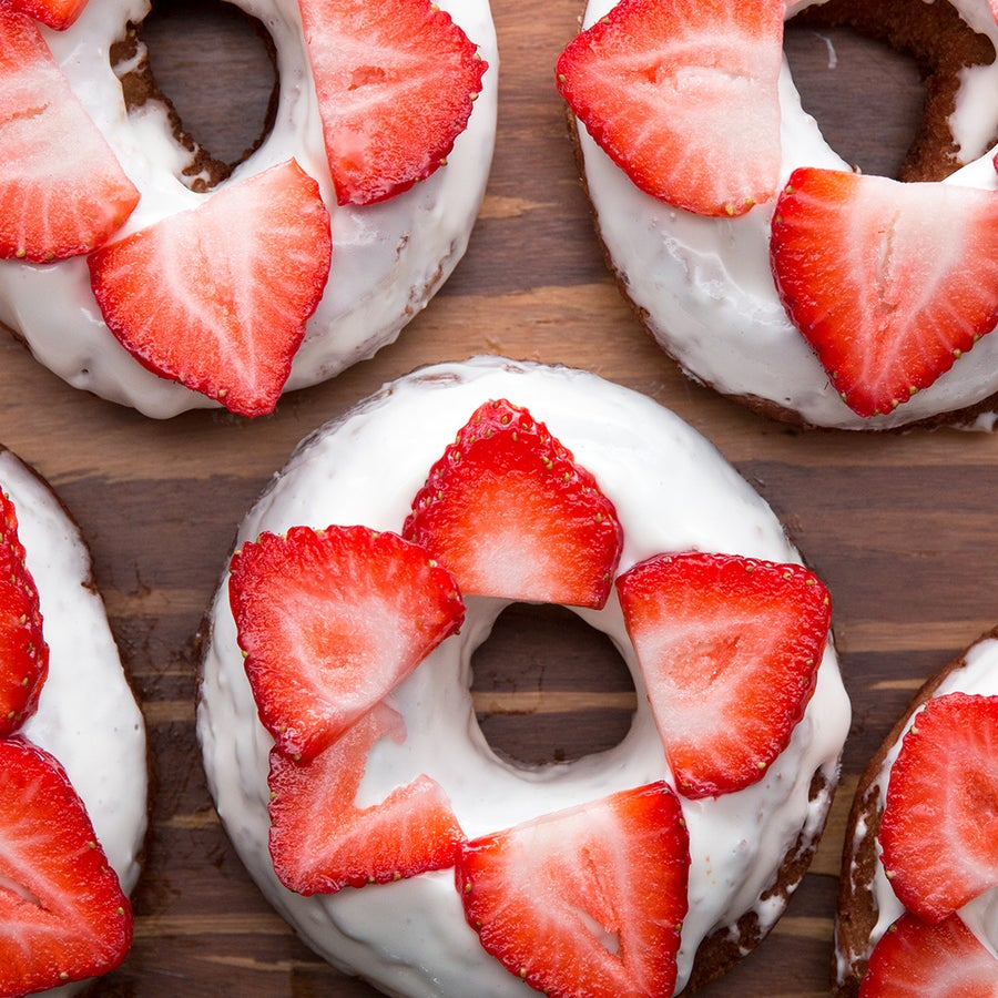 Strawberry Cheesecake Old-fashioned Donuts